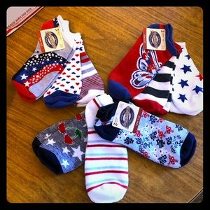 Accessories - NWT Ladies Socks